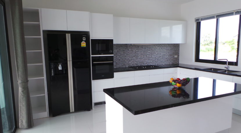 25 Fully fitted European style kitchen 2