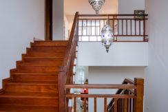 25 Stairway to 1st floor