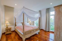 85 Guest bedroom