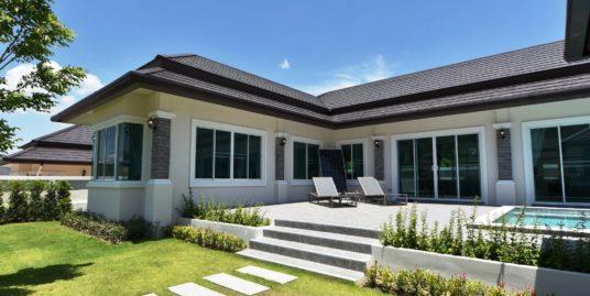 New Tropical-style Villas in Hua Hin Hills Development