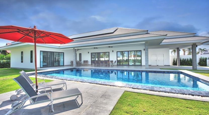 01 Three bedroom Pool Villa (298 sqm living area)