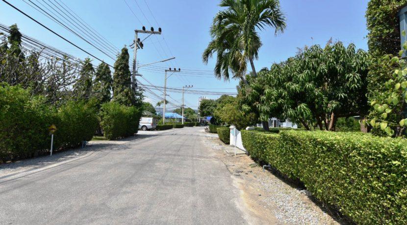02 Chookomol street view