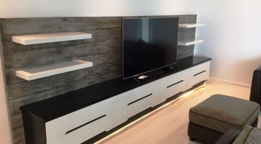 13 Great TV-Audio wall