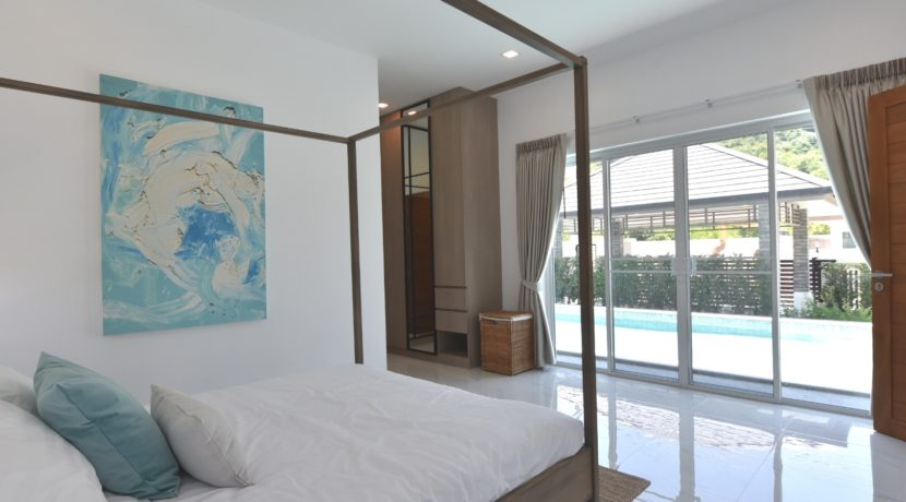 31 Bedroom exits to pool area
