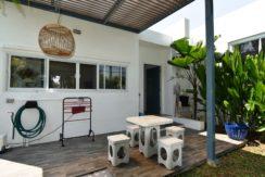 51 Furnished backyard