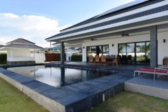 02B 3-Bedroom luxury pool villa
