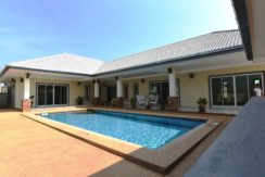 02 3-Bedroom Pool Villa