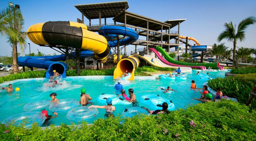 04 Black Mountain Water Park