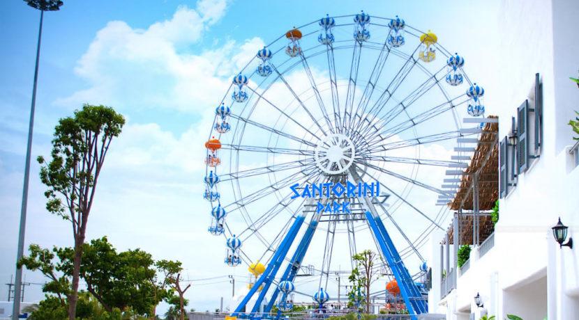04 Santorini Amusement park