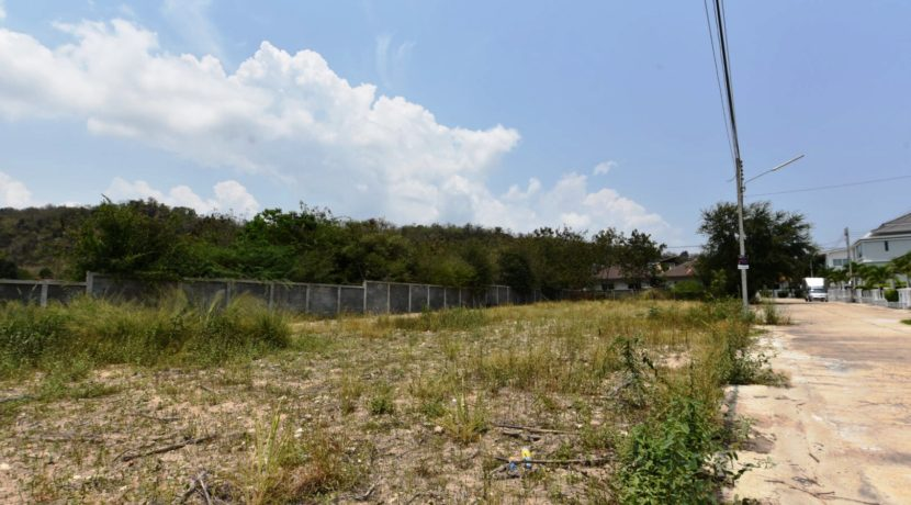 05 Empty Land for sale