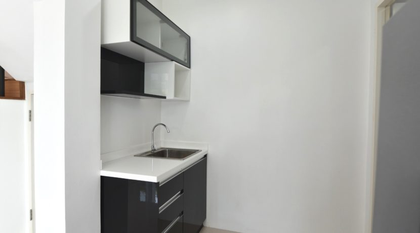 20 Kitchenette