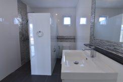 35 Ensuite master bathroom