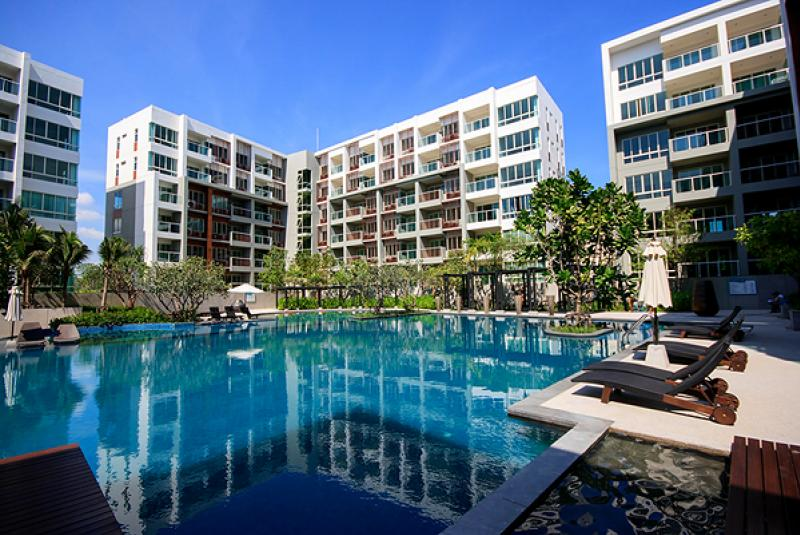 Luxury Beach Condo in Hua Hin at The Seacraze