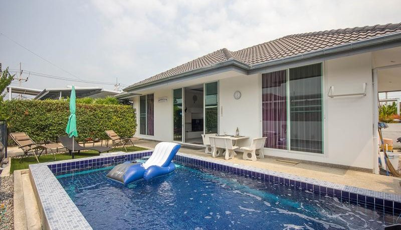 01 Luxury 2-Bed Pool Villa near Hua Hin city center