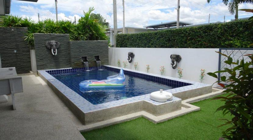 05 3x6 meter salt water pool