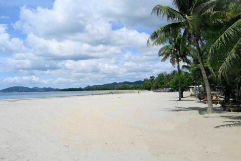 05 Khao Takiab beach southbound