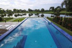 07 Large infinity swimming pool