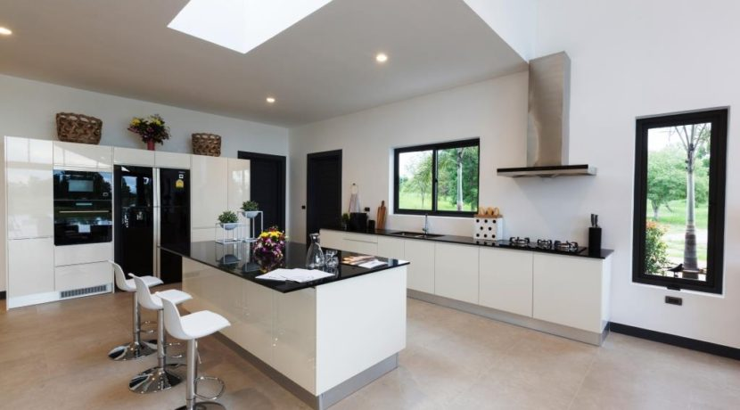 20 Fully fitted European style kitchen 1