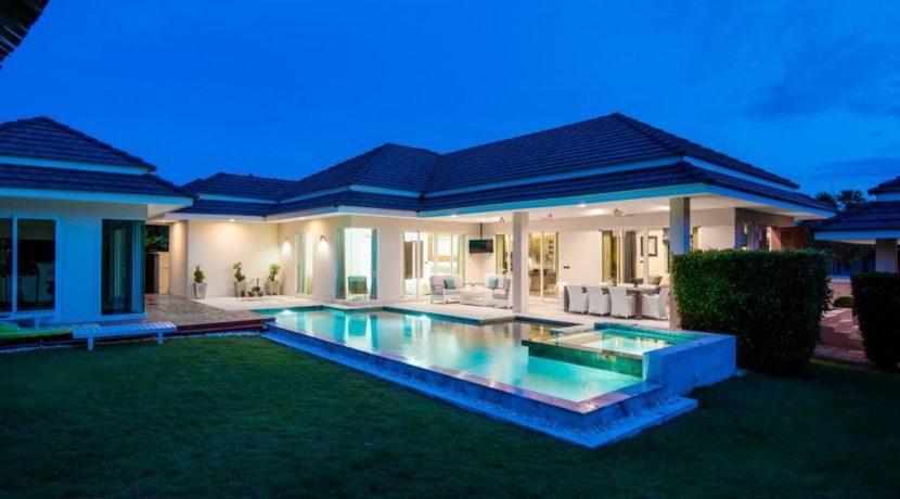 22 Type B Villa with evening illumination