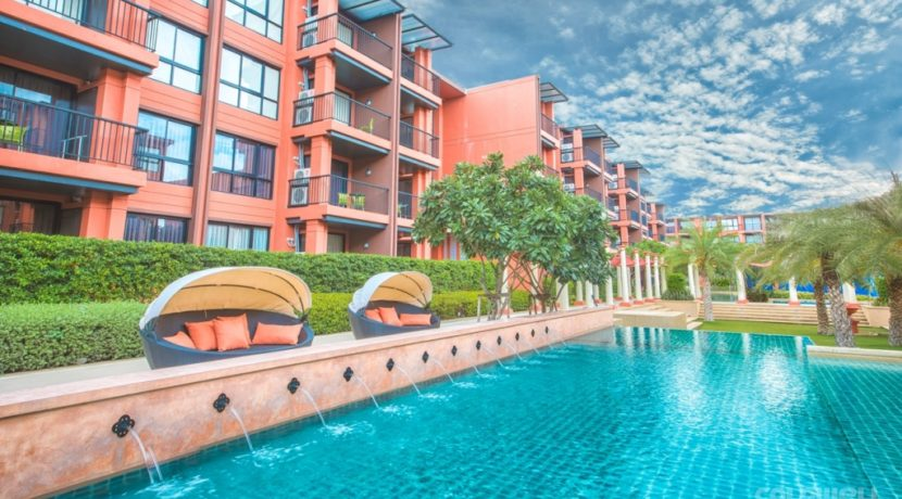01 Bluroc Hua Hin Condominium