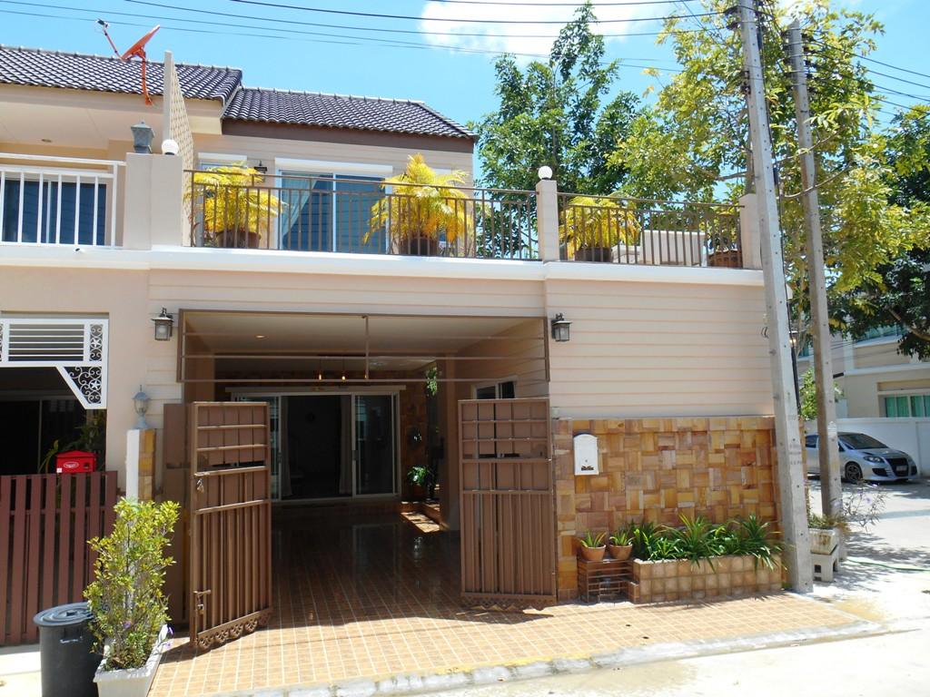 Cozy Townhouse in Hua Hin near City Center at Soi94
