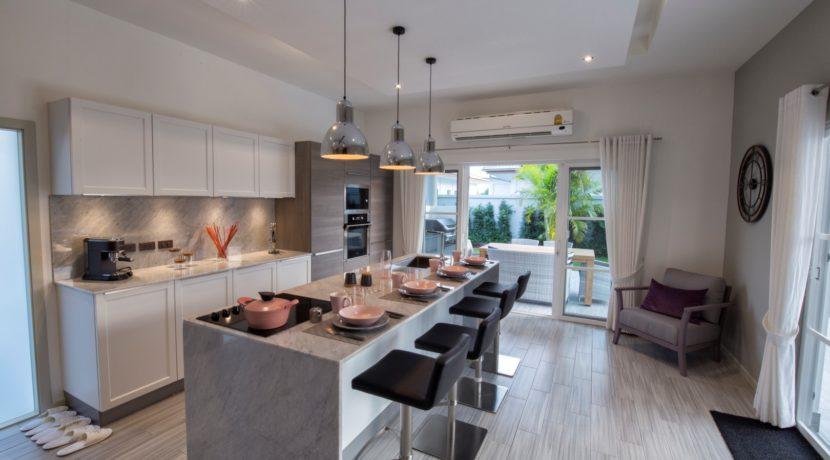 04 Prestige fully fitted EU style kitchen by Kvik