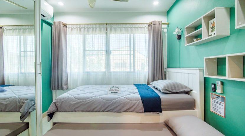 50 Bedroom #4
