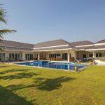 Luxury pool villas