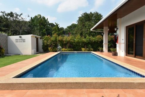 03 3,5x9 meter salt water pool