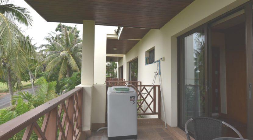 60 Washing machine at balcony