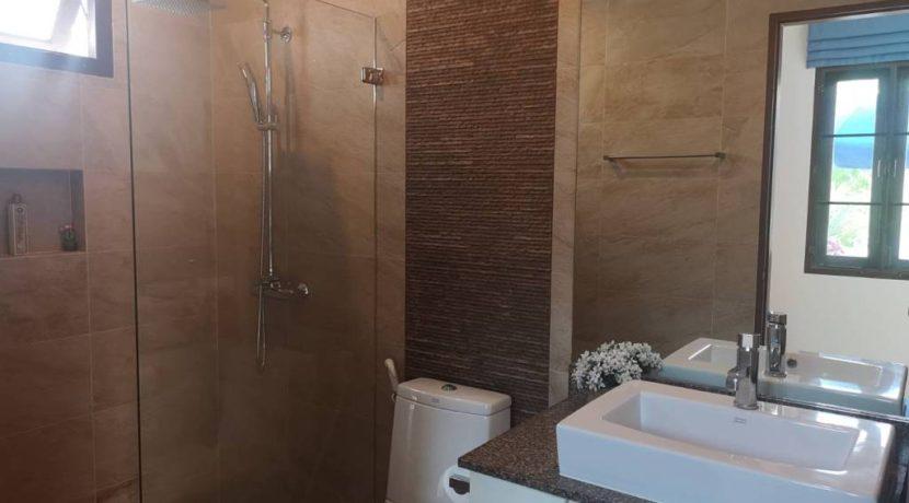 55 Ensuite Bathroom 3