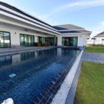 01 Luxury 3 Bedroom pool villa