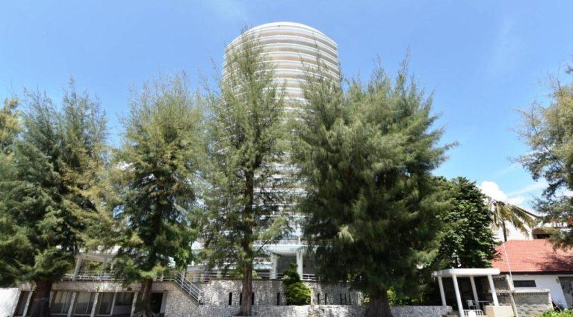 01 Sandy Beach Condominium