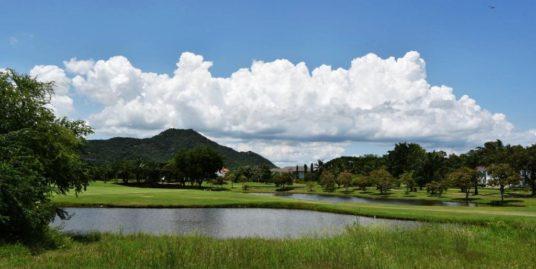 Lake view land at Palm Hills Golf Resort in Hua Hin