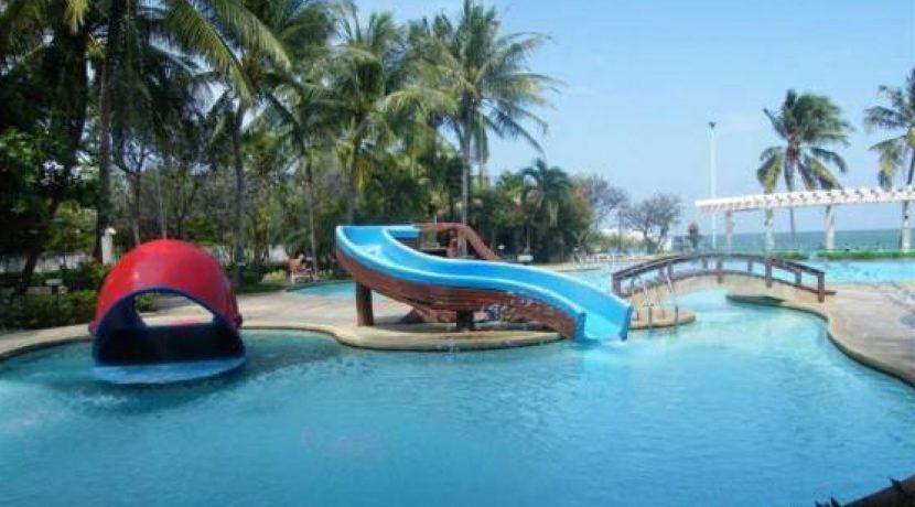 06 Kids pool
