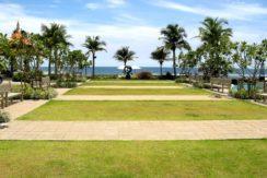 07 Beachfront garden