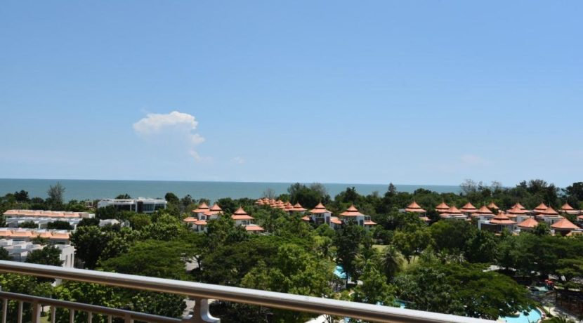 13 Great seaview from balcony