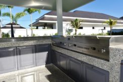 28 Fully fitted Thai-BBQ kitchen