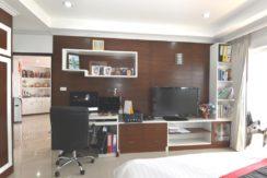 31 Office area