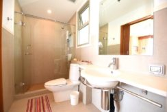 35 Ensuite bathroom
