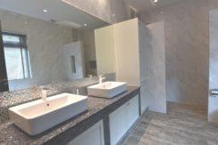 35 Ensuite master bathroom 2