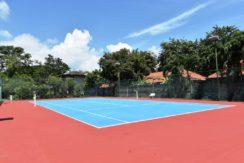 95 Tennis court