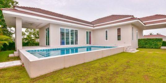 Luxury Pool Villa in Hua Hin at Woodlands Residence