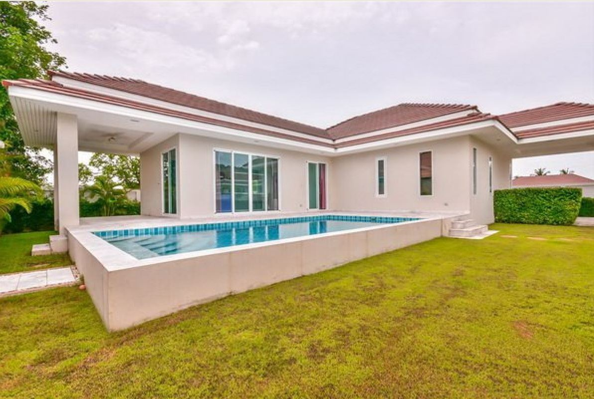 Luxury Pool Villa in Hua Hin at Woodlands Residence