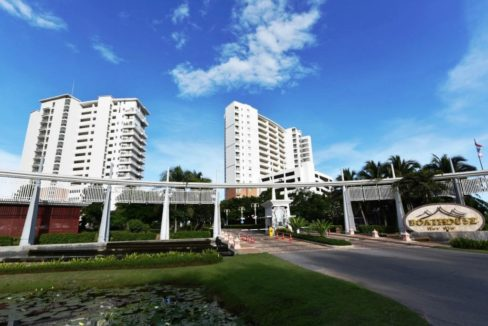 01 The Boathouse Condominium