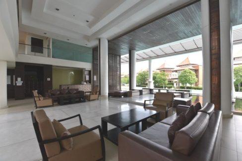 02 Boathouse condoA lobby