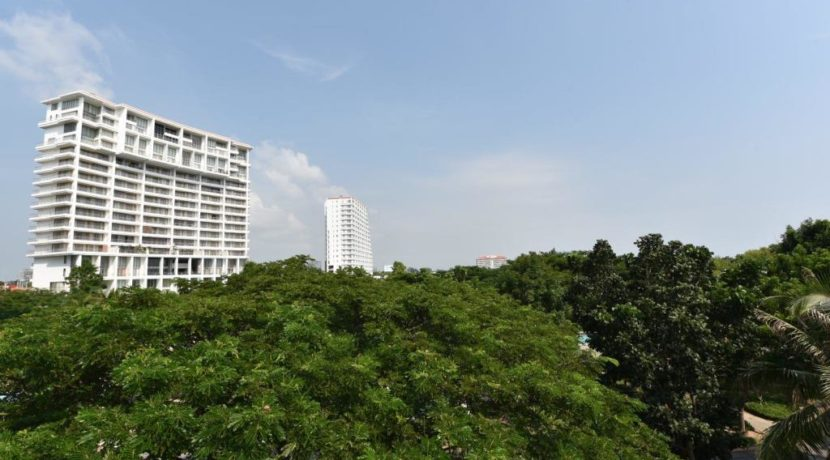 13B Garden view from balcony