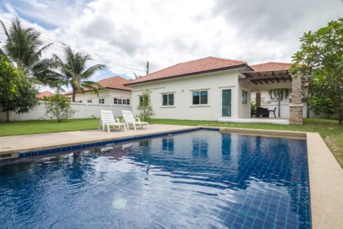 01 Pool villa in Hua Hin at quiet country side