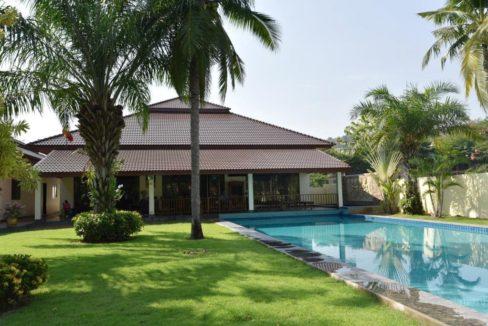 02 Palm Hills golf pool villa