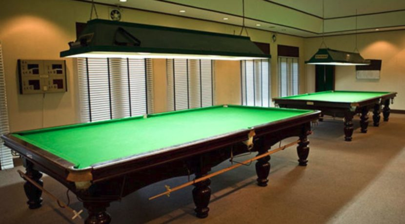 07 Palm Hills Sports Club poolroom
